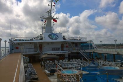 Pool deck on Azamara Quest