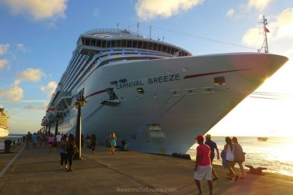 Carnival Breeze in St Kitts