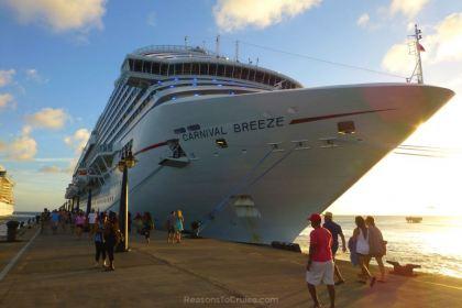 Carnival Breeze in St Kitts