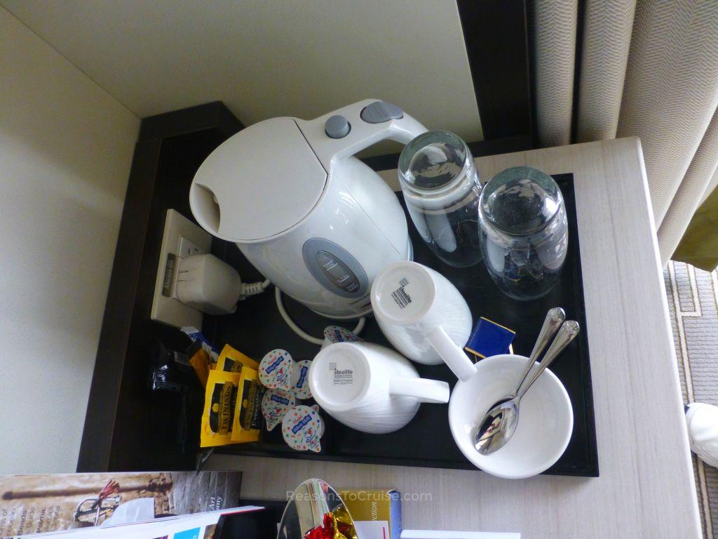 Tea and coffee making facilities in cabin F330