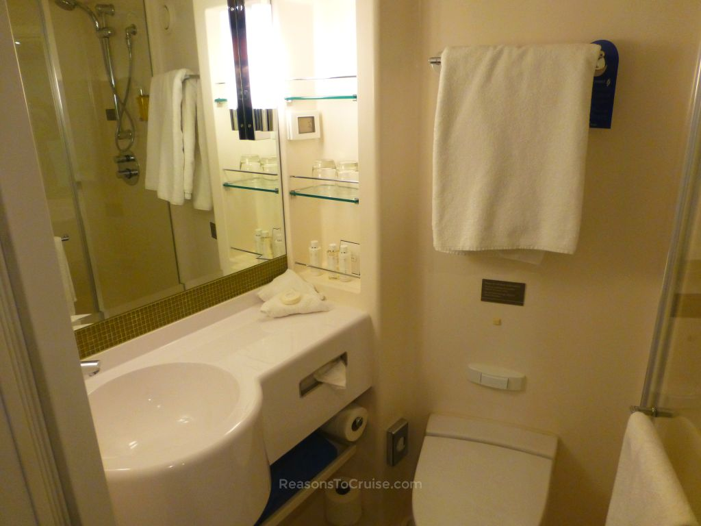 P o cruises britannia balcony cabin f330 review reasons for P o cruise bedrooms