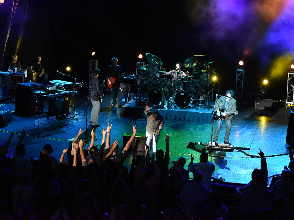 Journey at Carnival LIVE