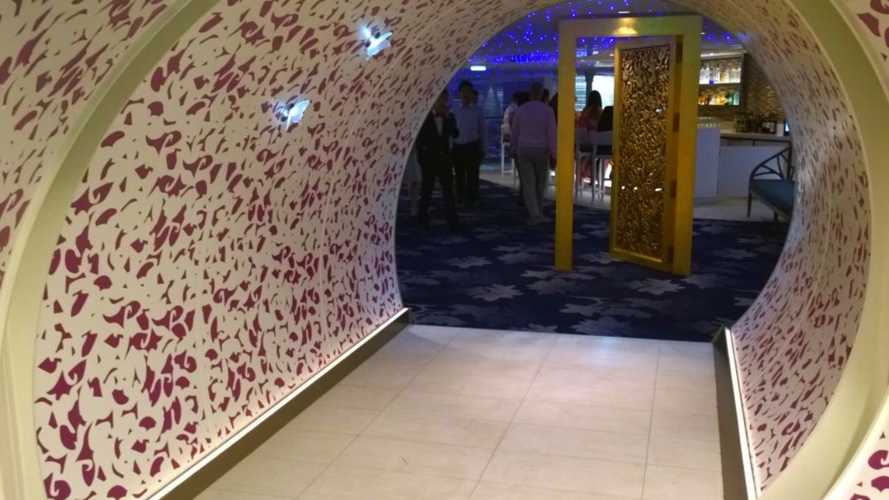 Wonderland Review Harmony Of The Seas Reasons To Cruise