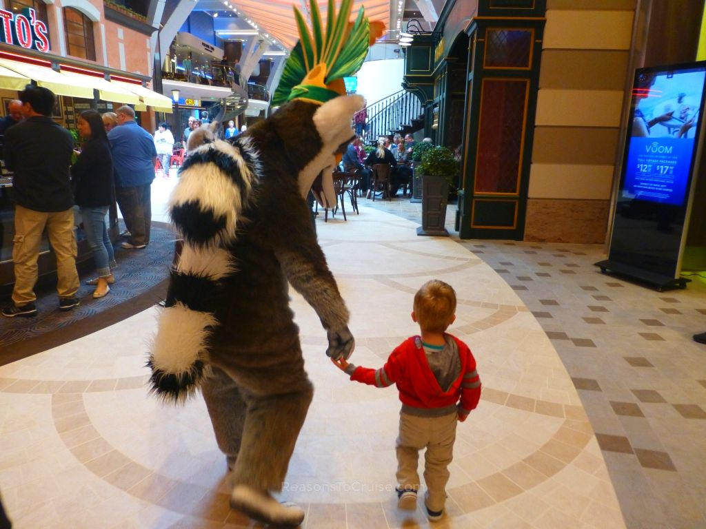 King Julien on a walkabout