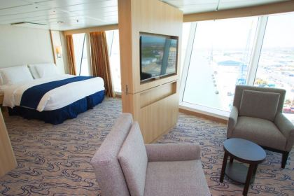 Panoramic Ocean-View stateroom