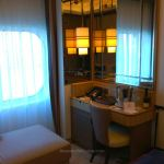Desk space in Queen Mary 2 cabin 2016