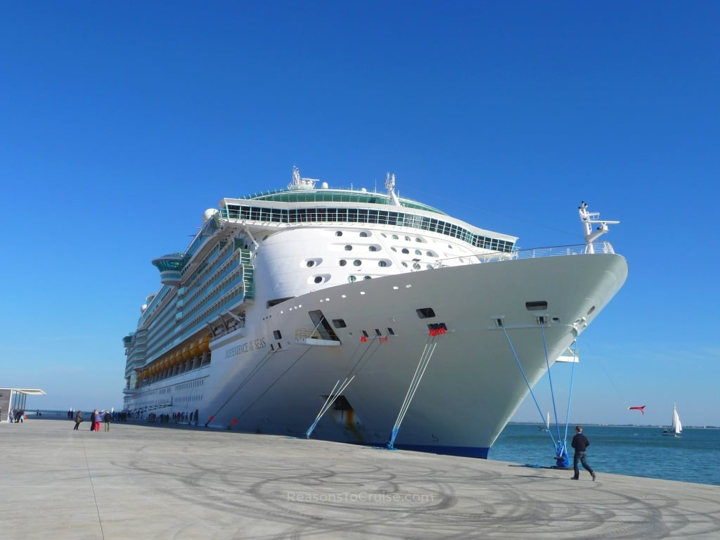 Independence of the Seas in Lisbon