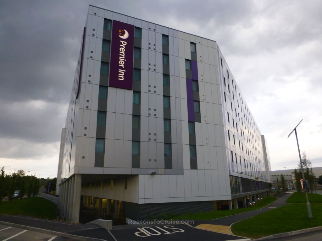 Premier Inn London Heathrow Terminal 4 Review