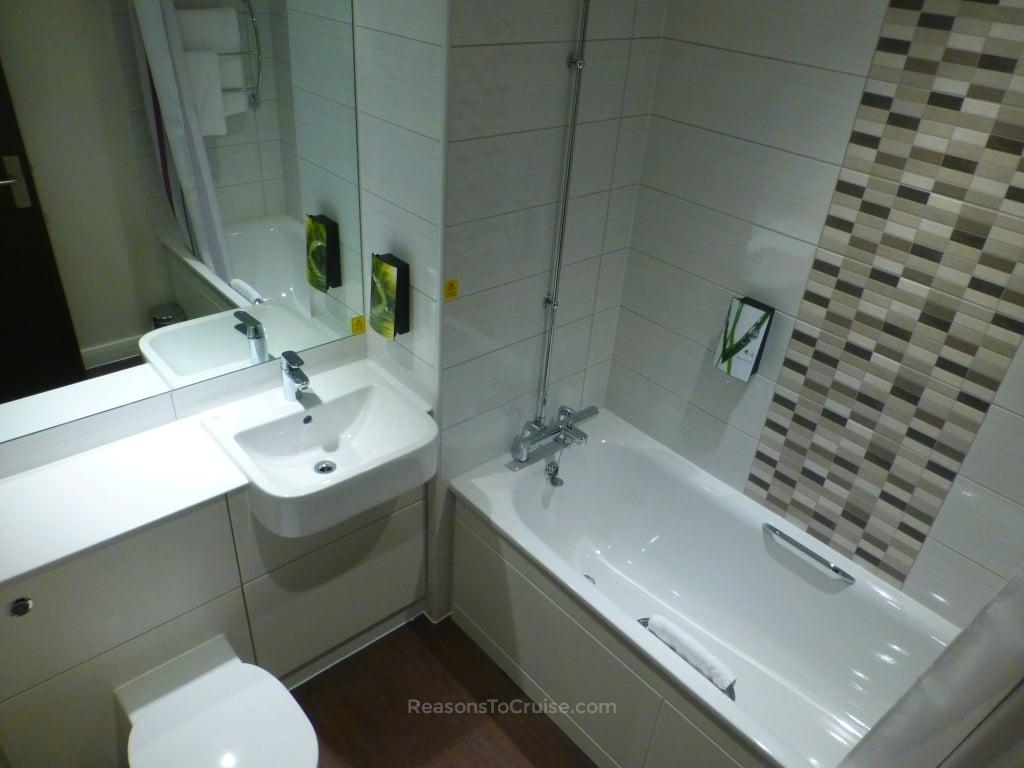 The bathroom of Room 417 at Premier Inn London Heathrow Terminal 4