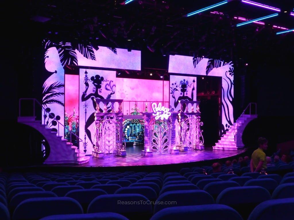 Havana Show on Norwegian Bliss