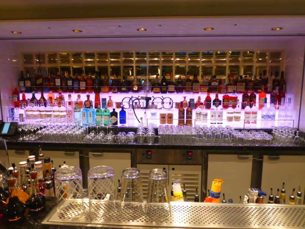The Haven Bar on Norwegian Bliss